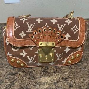 Vintage Louis Vuitton hand bag